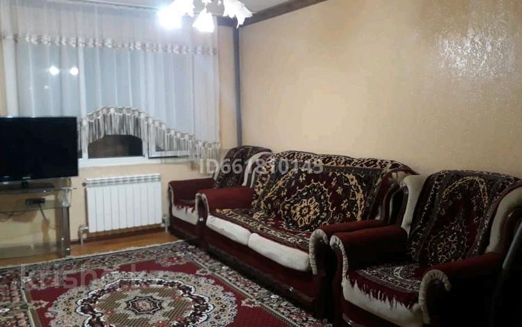 2-комнатная квартира, 54 м², 2/5 этаж помесячно, Абдразакова 5 за 80 000 〒 в Шымкенте, Аль-Фарабийский р-н