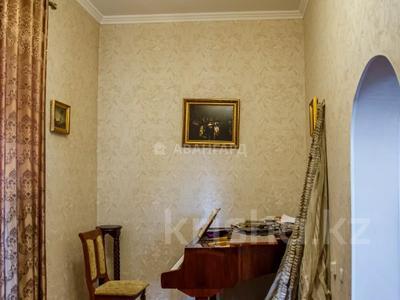 10-комнатный дом, 537 м², 15 сот., мкр Каргалы, Амангельды 53 за 185 млн 〒 в Алматы, Наурызбайский р-н — фото 16