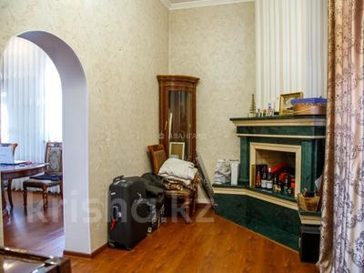 10-комнатный дом, 537 м², 15 сот., мкр Каргалы, Амангельды 53 за 185 млн 〒 в Алматы, Наурызбайский р-н — фото 17