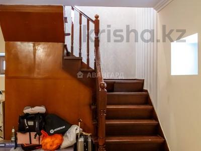 10-комнатный дом, 537 м², 15 сот., мкр Каргалы, Амангельды 53 за 185 млн 〒 в Алматы, Наурызбайский р-н — фото 30