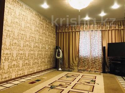 3-комнатная квартира, 68 м², 3/10 этаж, Ломова 177 — Камзина за 14 млн 〒 в Павлодаре