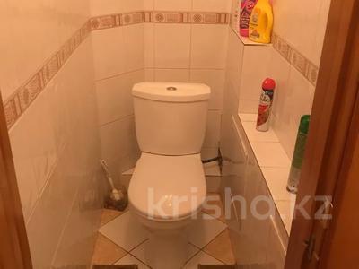 3-комнатная квартира, 68 м², 3/10 этаж, Ломова 177 — Камзина за 14 млн 〒 в Павлодаре — фото 10
