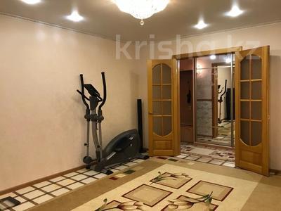 3-комнатная квартира, 68 м², 3/10 этаж, Ломова 177 — Камзина за 14 млн 〒 в Павлодаре — фото 2