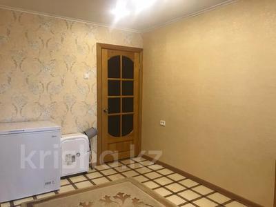 3-комнатная квартира, 68 м², 3/10 этаж, Ломова 177 — Камзина за 14 млн 〒 в Павлодаре — фото 7