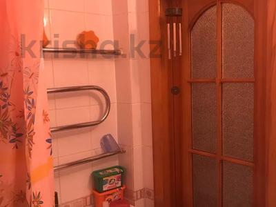 3-комнатная квартира, 68 м², 3/10 этаж, Ломова 177 — Камзина за 14 млн 〒 в Павлодаре — фото 8