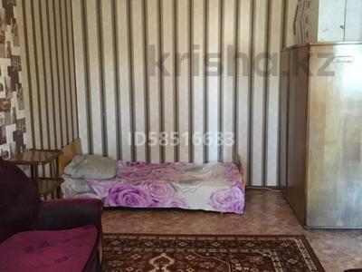 1-комнатная квартира, 34 м², 4/5 этаж помесячно, Ержанова 34 за 60 000 〒 в Караганде, Казыбек би р-н — фото 2