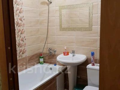 1-комнатная квартира, 38 м², 4/5 этаж посуточно, Мынбулак 33 за 5 500 〒 в Таразе — фото 6