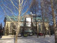 Здание, площадью 1207.1 м²