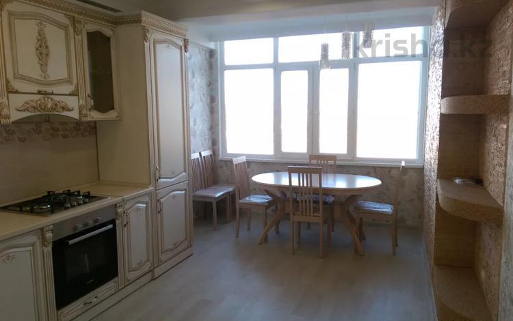 2-комнатная квартира, 72 м², 2 этаж, 19-й мкр Тыныштык за 22 млн 〒 в Актау, 19-й мкр