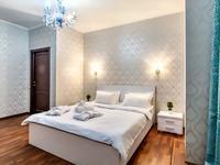 4-комнатная квартира, 200 м², 13 этаж посуточно, Аль-Фараби 7к5А за 45 000 〒 в Алматы