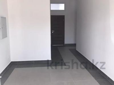 Помещение площадью 250 м², проспект Республики 40 — проспект Шахтеров за 5 000 〒 в Караганде, Казыбек би р-н