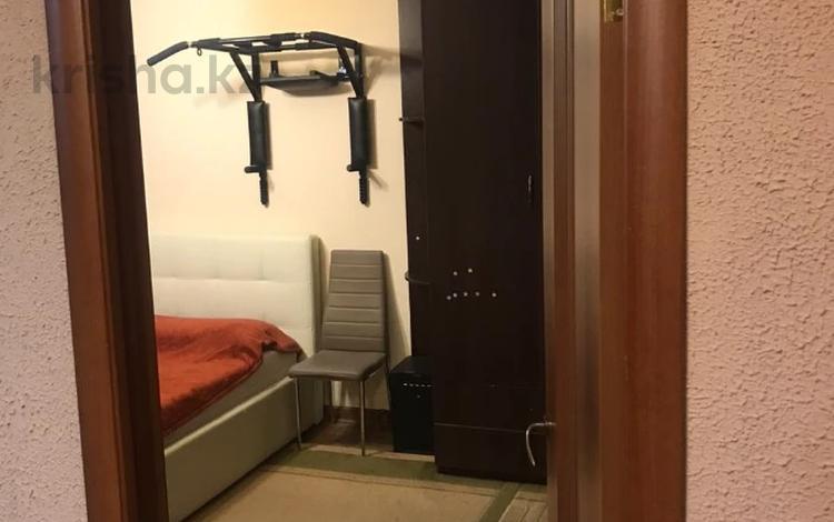 4-комнатная квартира, 76 м², 3/4 этаж, мкр №1, Жубанова — Утеген Батыра (Мате Залки) за 27.5 млн 〒 в Алматы, Ауэзовский р-н