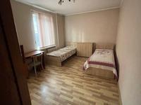 3-комнатная квартира, 56 м², 3/4 этаж на длительный срок, мкр Коктем-3 6 за 270 000 〒 в Алматы, Бостандыкский р-н