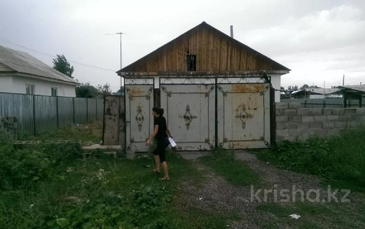 4-комнатный дом, 97 м², 7 сот., Баранбаева за ~ 6.5 млн 〒 в Узынагаш