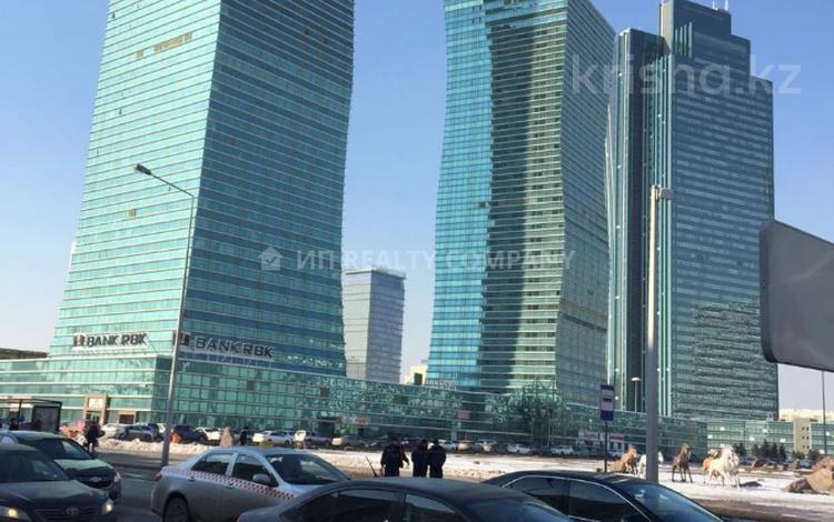 1-комнатная квартира, 48 м², 16/36 этаж, Достык 5 за 22 млн 〒 в Нур-Султане (Астана), Есиль р-н