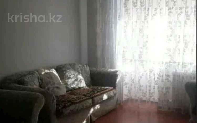 2-комнатная квартира, 65 м² помесячно, К. Азербаева 47 за 125 000 〒 в Нур-Султане (Астана), Алматы р-н