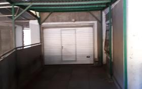 5-комнатный дом, 111 м², 5 сот., Бакинская за 30 млн 〒 в Караганде, Казыбек би р-н