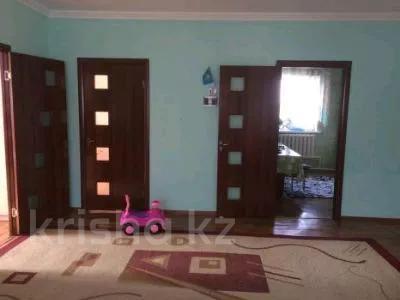 4-комнатный дом, 106 м², 5 сот., Азербаева Узынагаш — Бабажанова за 10.5 млн 〒