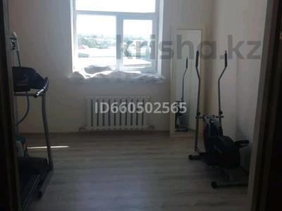 4-комнатная квартира, 86 м², 7/9 этаж, Байтурсынова 11В за 18.2 млн 〒 в  — фото 9