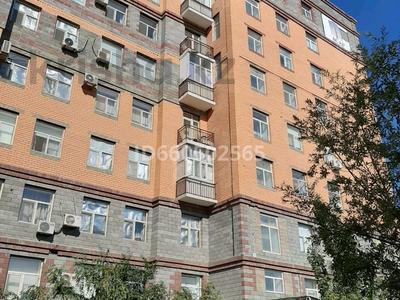 4-комнатная квартира, 86 м², 7/9 этаж, Байтурсынова 11В за 18.2 млн 〒 в
