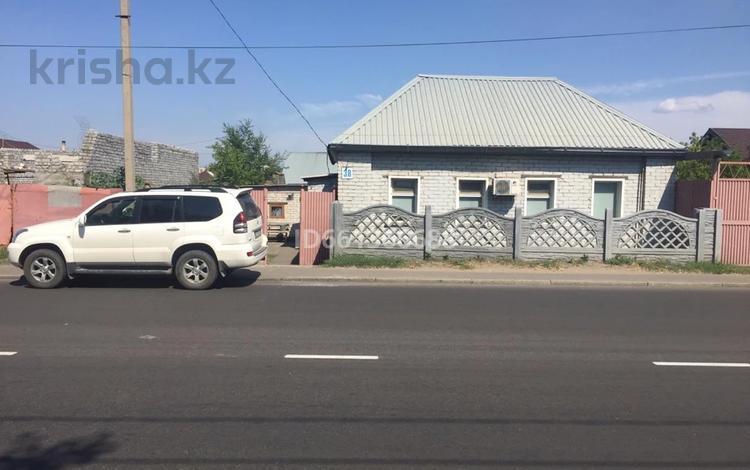 4-комнатный дом, 70 м², 6 сот., Толстого 38 за 13.5 млн 〒 в Павлодаре