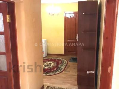 3-комнатная квартира, 105 м², 3/5 этаж помесячно, Бигельдинова 11 — проспект Женис за 150 000 〒 в Нур-Султане (Астана), р-н Байконур — фото 15