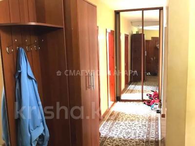 3-комнатная квартира, 105 м², 3/5 этаж помесячно, Бигельдинова 11 — проспект Женис за 150 000 〒 в Нур-Султане (Астана), р-н Байконур — фото 22