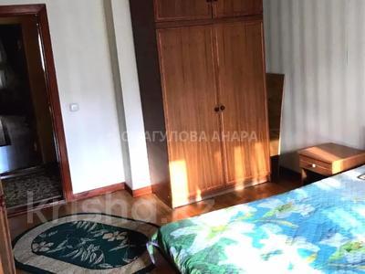 3-комнатная квартира, 105 м², 3/5 этаж помесячно, Бигельдинова 11 — проспект Женис за 150 000 〒 в Нур-Султане (Астана), р-н Байконур — фото 10
