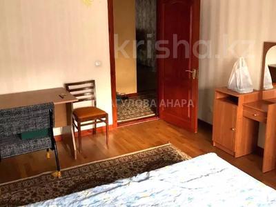 3-комнатная квартира, 105 м², 3/5 этаж помесячно, Бигельдинова 11 — проспект Женис за 150 000 〒 в Нур-Султане (Астана), р-н Байконур — фото 11