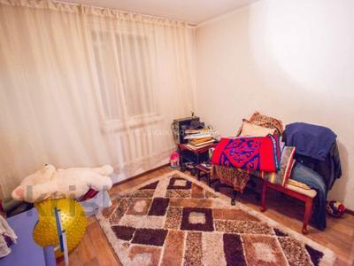 5-комнатный дом, 111 м², 9 сот., Момышулы — проспект Нурсултана Назарбаева за 21 млн 〒 в Талдыкоргане