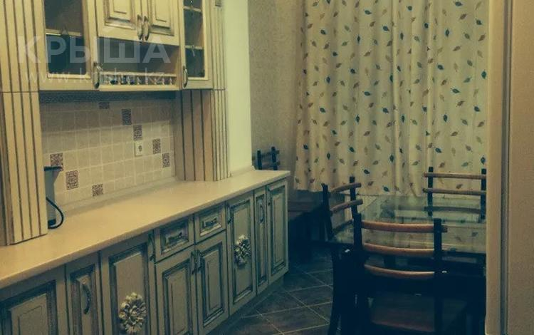 2-комнатная квартира, 96 м², 9/16 этаж помесячно, Туркестан 2 за 200 000 〒 в Нур-Султане (Астана), Есиль р-н