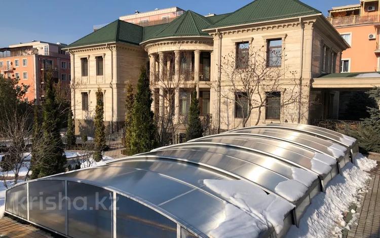 6-комнатный дом, 700 м², 38 сот., мкр Ремизовка за ~ 1.1 млрд 〒 в Алматы, Бостандыкский р-н