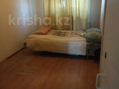 2-комнатная квартира, 40 м², 4/4 этаж по часам, 6 11 за 800 〒 в Актау — фото 3