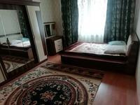 3-комнатная квартира, 90 м², 2/9 этаж помесячно, Сарайшык 9 за 170 000 〒 в Нур-Султане (Астана), Есиль р-н