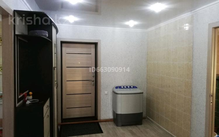 4-комнатный дом, 110 м², 50 сот., Мира 97 — Центральная за 8 млн 〒 в Кенесарах