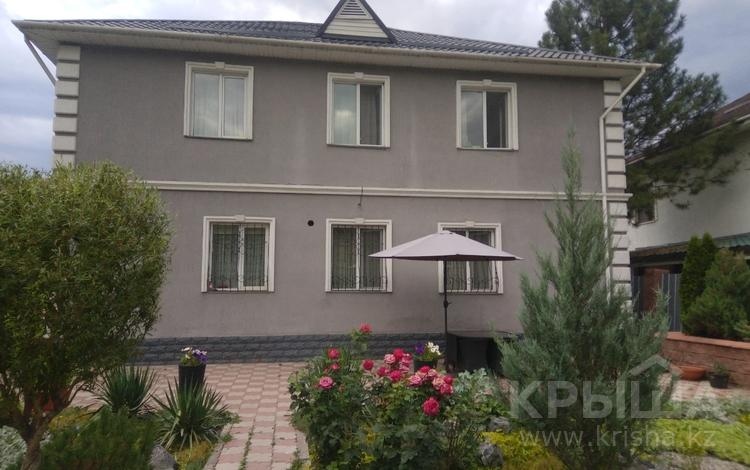 5-комнатный дом, 240 м², 10 сот., мкр Шугыла, Акжар за 72 млн 〒 в Алматы, Наурызбайский р-н