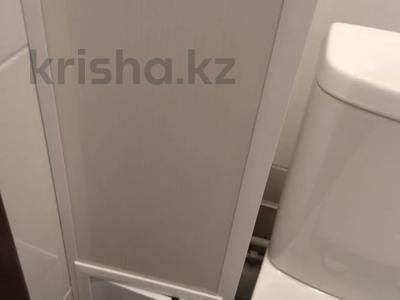 2-комнатная квартира, 50 м², 2/5 этаж, 5 мкр за 15 млн 〒 в Алматинской обл. — фото 2