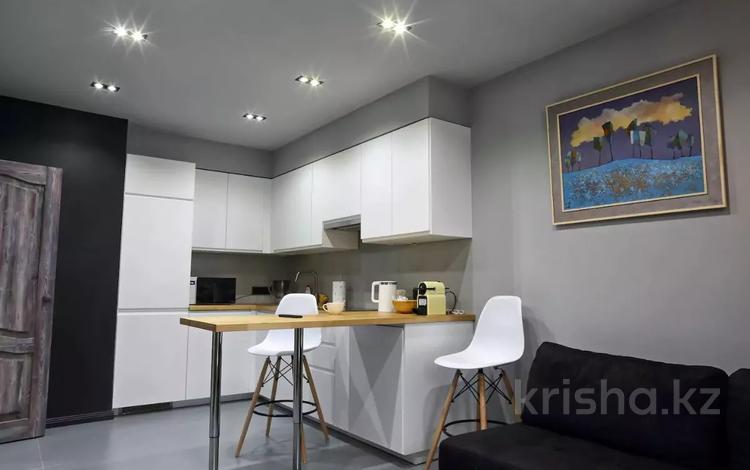 2-комнатная квартира, 68 м², 9 этаж посуточно, Навои 208 за 12 500 〒 в Алматы, Бостандыкский р-н