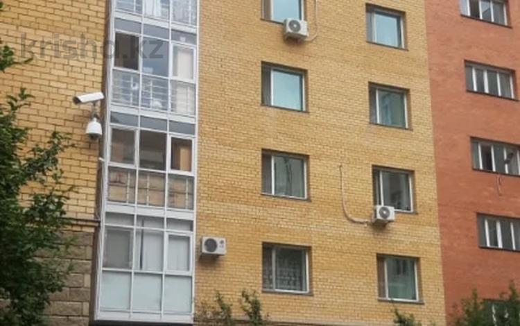 3-комнатная квартира, 82.2 м², 3/9 этаж, Иманбаевой 8/3 за 31.5 млн 〒 в Нур-Султане (Астана), р-н Байконур