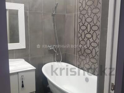 3-комнатная квартира, 104 м², 4/6 этаж, 34 микрорайон 8 за 24 млн 〒 в Актау — фото 12