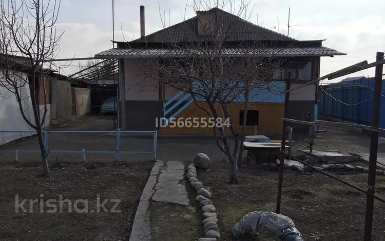 5-комнатный дом, 200 м², 6 сот., 2-пер Мусорского 78 за 16 млн 〒 в Таразе