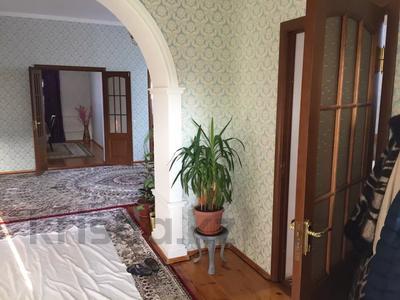 4-комнатный дом, 170 м², 8 сот., Амангалды 74-2 за 30 млн 〒 в  — фото 6