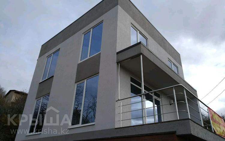 5-комнатный дом, 140 м², 4 сот., Пастушечья улица 6а за 48 млн 〒 в Сочи