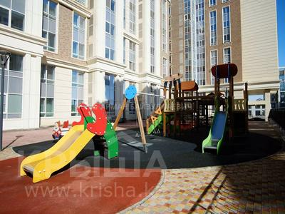 3-комнатная квартира, 109.5 м², 8/9 этаж, проспект Кабанбай Батыра 7А за 63 млн 〒 в Нур-Султане (Астана), Есиль р-н — фото 8
