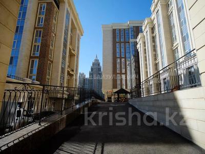 3-комнатная квартира, 109.5 м², 8/9 этаж, проспект Кабанбай Батыра 7А за 63 млн 〒 в Нур-Султане (Астана), Есиль р-н — фото 4