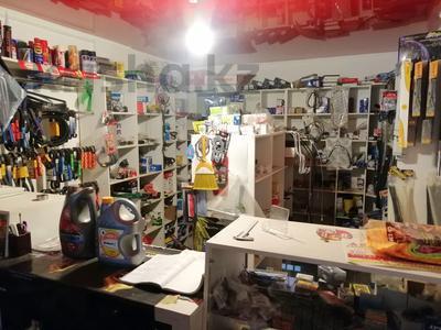 Магазин площадью 36 м², Шанхай Пожарского 34 — Санкибай Батыра за 8 млн 〒 в Актобе — фото 2