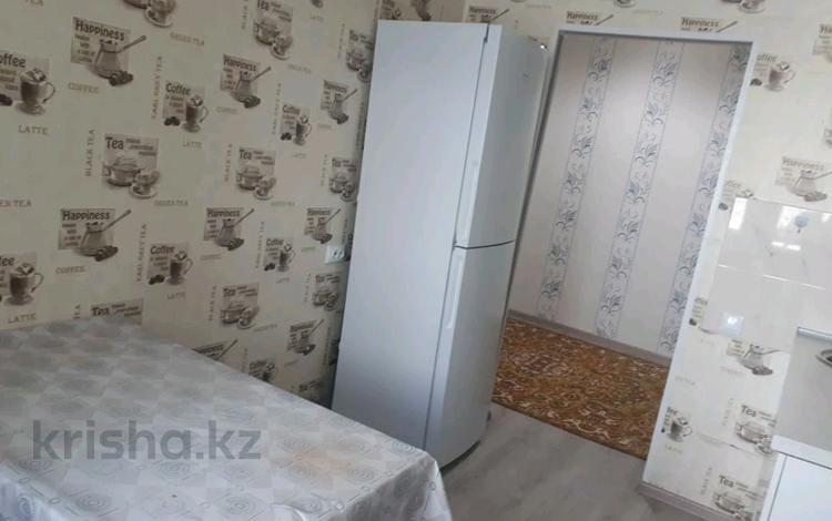 2-комнатная квартира, 70 м², 2 этаж помесячно, Мангилик Ел 17 за 160 000 〒 в Нур-Султане (Астана), Есиль р-н