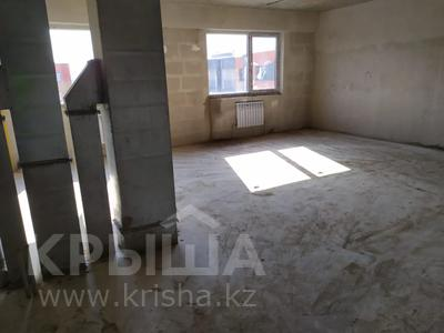 2-комнатная квартира, 71 м², 10/10 этаж, мкр Шугыла, Жунисова 10 к 17 за 14.5 млн 〒 в Алматы, Наурызбайский р-н — фото 3