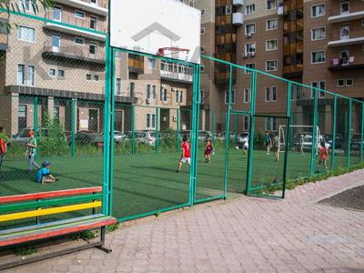 2-комнатная квартира, 60 м², 16/17 этаж, Иманова 26 за ~ 21.4 млн 〒 в Нур-Султане (Астане), Алматы р-н