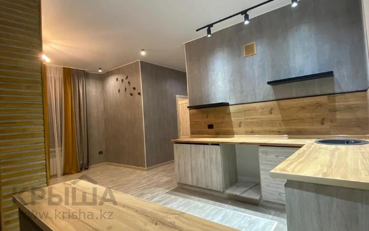 2-комнатная квартира, 51 м², 12/13 этаж, Варламова за 28 млн 〒 в Алматы, Алмалинский р-н